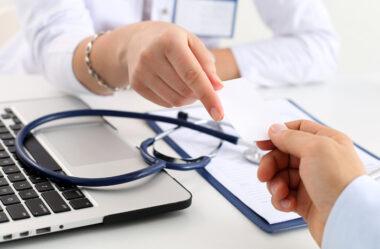 Plano de saúde através de CNPJ é mais barato?